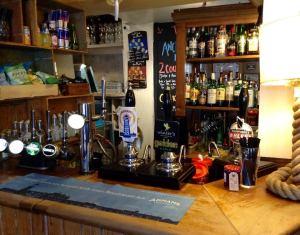 Anchor Bar1