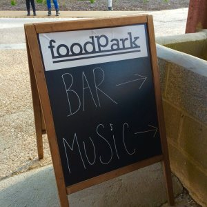 foodPark sign2