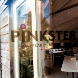 Pinkster Gin 6