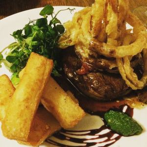 Steak Chips Onion Rings