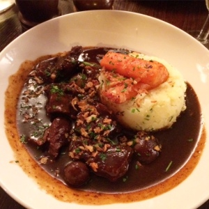 cafe-rouge-boeuf-bourguignon