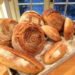 white-cottage-bakery-pain-de-campagne-batard