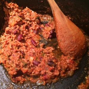 chilli-con-carne-with-spoon