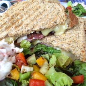 abantu-wysing-sandwich