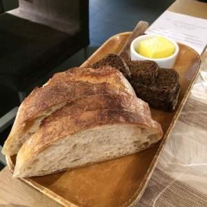 1hk-breads