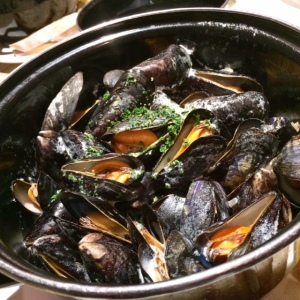 the-ship-hotel-mussels