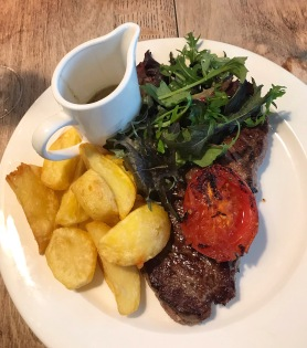 The Crown & Punchbowl Cambscuisine sirloin steak