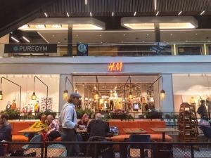 La Piazza by Signorelli Grafton near H&M Cambridge