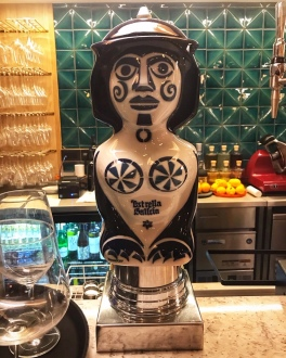 Mercado Central Cambridge Estrella Galicia Sargadelos ceramic beer tap
