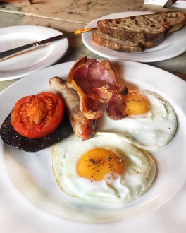 The Gunton Arms Norfolk Gunton fried breakfast